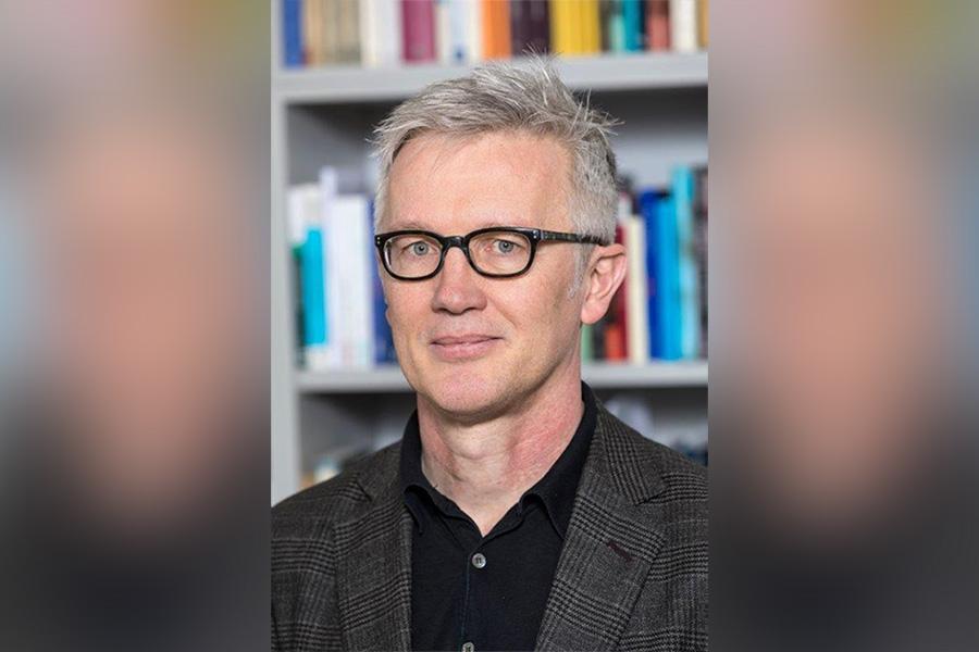 """""""Tierbürgerschaft"""" – Peter Niesen, Professor für Politische Theorie an der Universität Hamburg"""
